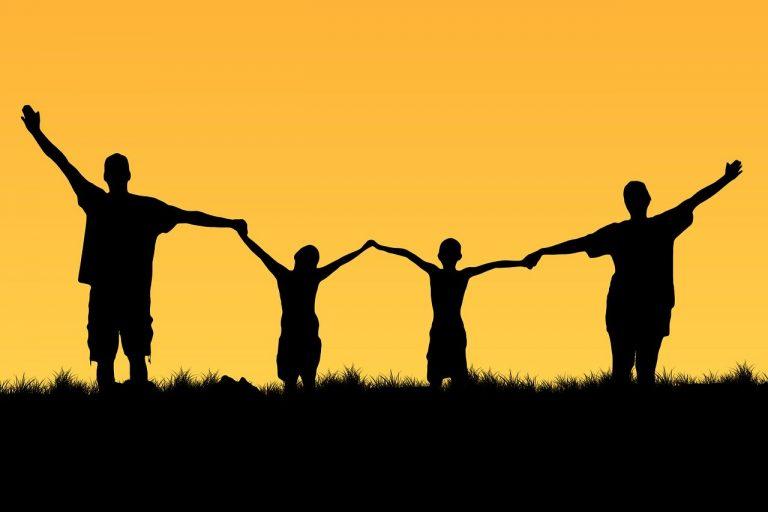 Ce poate fi mai adorabil decât să te asortezi cu familia?