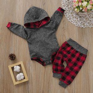 set bebelusi format din body si pantaloni lungi