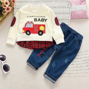 set pentru baieti bebelusi nou nascuti format din bluza si pantaloni