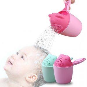 Cana pentru spalat si clatit parul bebelusului tau, verde sau roz