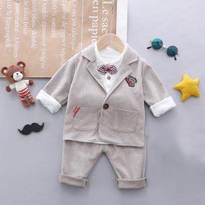 set pentru bebelusi baieti format din sacou bluza si pantaloni lungi