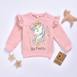bluza roz cu volane la umeri si imprimeu unicorn pentru fete