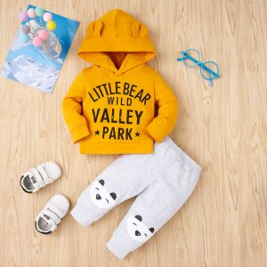 set nou nascuti cu hanorac si pantaloni lungi