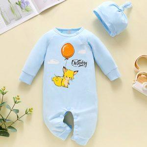 set bebelusi nou nascuti compus din salopeta cu maneci lungi si caciula